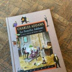 Libros de segunda mano: LA FAMILIA ADDAMS - CHARLES ADDAMS - VALDEMAR (2004) ENVÍO GRATIS. Lote 295273803
