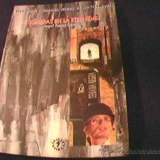 Libros de segunda mano: SOMBRAS EN LA ETERNIDAD. ANGEL TORRES QUESADA. SEMANA NEGRA DE NOVELA CORTA. GIJON 2001.. Lote 28389906