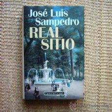 Libros de segunda mano: JOSÉ LUIS SAMPEDRO. REAL SITIO. 1995. SOBRECUBIERTA CON FOTOGRAFÍA DE SANTOS CIRILO.. Lote 13063866