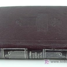 Libros de segunda mano: POR QUÉ ES MADRID CAPITAL DE ESPAÑA. SAINZ DE ROBLES, AGUILAR. CRISOL. 8 X 6,5 CM. Lote 22534772