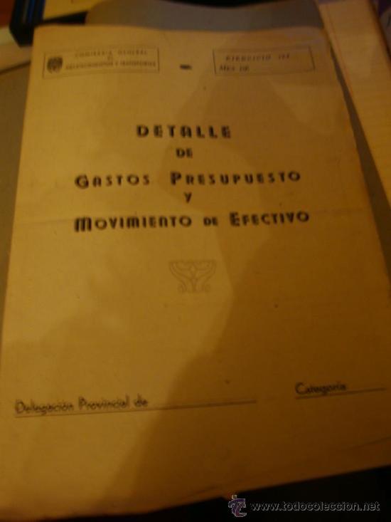 Libros de segunda mano: LIBRO DE CAJA ESCRITO CON PLUMA EN PRECIOSA LETRA ESTIRADA, AÑO 1942----46 - Foto 3 - 27508608