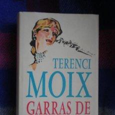 Libros de segunda mano: TERENCI MOIX.GARRAS DE ASTRACÁN. Lote 16558278