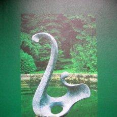 Libros de segunda mano: VAZQUEZ CANONICO, ESCULTOR DE GIJON EN OVIEDO, 1998. MUCHAS FOTOS COLOR DE SU OBRA. ASTURIAS, 1998.. Lote 27749527
