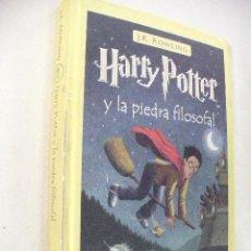 Libros de segunda mano: HARRY POTTER Y LA PIEDRA FILOSOFAL DE J.K.ROWLING. Lote 30409871