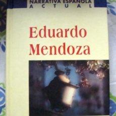 Libros de segunda mano: LIBRO DE EDUARDO MENDOZA-UNA COMEDIA LIGERA, NARRATIVA ESPAÑOLA ACTUAL PLANETA 2001. Lote 32035210