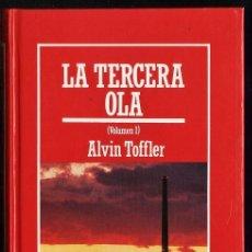 Libros de segunda mano: LA TERCERA OLA - VOL I - ALVIN TOFFLER - TAPAS DURAS - ED.ORBIS - AÑO 1985 - R- AT. Lote 33923570