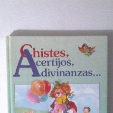 Libros de segunda mano: CHISTES ACERTIJOS,ADIVINANZAS,EDICIONES POR SUSAETA EDICIONES,MADRID AÑO 1989. Lote 41231263