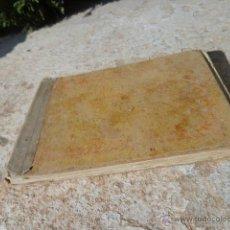 Libros de segunda mano: LIBRO ALFABETO DE BORDADES, ESCRITO EN FRANCES L-6705. Lote 42753871