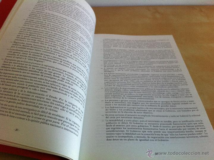 Libros de segunda mano: ARMAMENTO Y MATERIAL.TERRORISMO. 2 TOMOS. ACADEMIA ESPECIAL PARA JEFES Y OFICIALES. - Foto 24 - 44805349