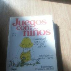 Libros de segunda mano: JUEGO CON NIÑOS (JULIE HAGSTROM, JOAN MORILL). Lote 48958802