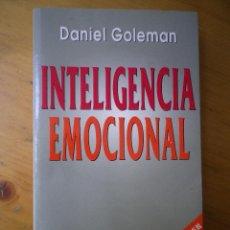 Libros de segunda mano: LIBRO INTELIGENCIA EMOCIONAL POR DANIEL GOLEMAN. Lote 49136193