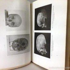 Libros de segunda mano: HOYOS SAINZ : INVESTIGACIONES DE ANTROPOLOGÍA PREHISTÓRICA DE ESPAÑA ( 2 VOL.) . Lote 55326560