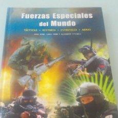 Libros de segunda mano: FUERZAS ESPECIALES DEL MUNDO -TÁCTICAS-HISTORÍA -ESTRATEGÍA -ARMAS-MUY ILUSTRADO PESA 1.280 GRAMOS. Lote 215422081