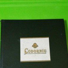Libros de segunda mano: CODORNIU 1551 A 1872 VINTAGE EN TAPAS DURAS UNA JOYA DE LA HISTORIA DEL CAVA. Lote 57953263