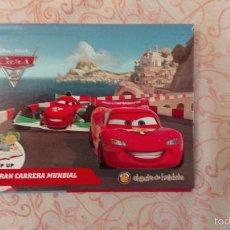 Libros de segunda mano: CARS - LA GRAN CARRERA MUNDIAL (CON POP UP) - IMPRESO EN ARGENTINA - 2013 - DE COLECCION. Lote 60724219