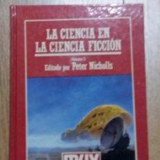 Libros de segunda mano: LA CIENCIA EN LA CIENCIA FICCION -PETER NICHOLLS 2 VOLUMENES. Lote 66892738