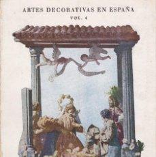 Libros de segunda mano: NACIMIENTOS - PILAR FERRANDIS - AFRODISIO AGUADO 1951 - 51 LAMINAS - VER INDICE. Lote 69914117