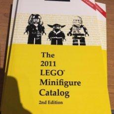 Libros de segunda mano: THE 2011 LEGO MINIFIGURE CATALOG - CATALOGO DE MINIFIGURAS LEGO. Lote 71737175