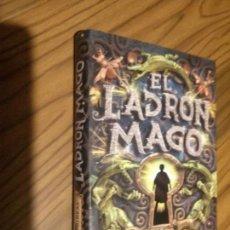 Libros de segunda mano: EL LADRÓN MAGO. SARAH PRINEAS. CIRCULO DE LECTORES. TAPA DURA. BUEN ESTADO. Lote 73436023