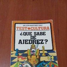 Libros de segunda mano: ¿QUE SABE DE AJEDREZ?. Lote 73536463