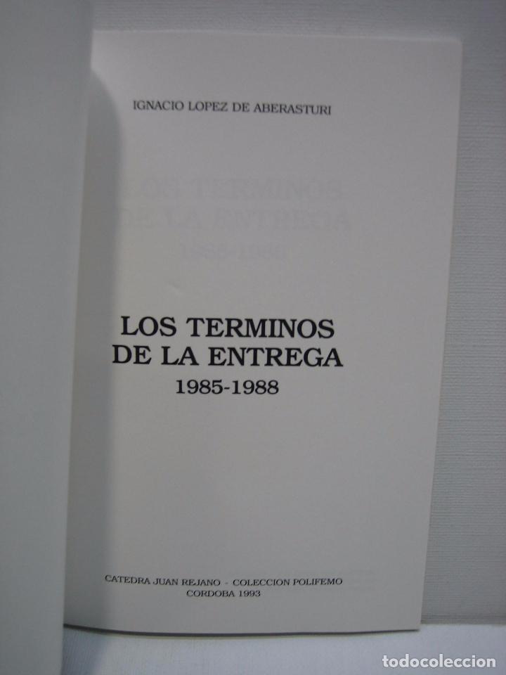 Libros de segunda mano: Los términos de la entrega por Ignacio López de Aberasturi 1993 - Foto 3 - 74791443