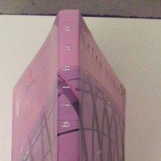 Libros de segunda mano: METRO BILBAO CONSORCIO DE TRANSPORTE DE BIZKAIA BILINGUE NUEVO. Lote 78189103
