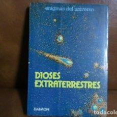 Libros de segunda mano: LIBRO: DIOSES EXTRATERRESTRES .- ENIGMAS DEL UNIVERSO DE JEAN SENDY 1979. Lote 78931869