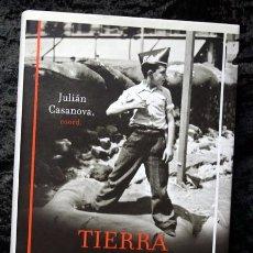 Libros de segunda mano: TIERRA Y LIBERTAD - CIEN AÑOS DE ANARQUISMO EN ESPAÑA - J. CASANOVA (COORD.) - ISBN: 9788498921199. Lote 82158260
