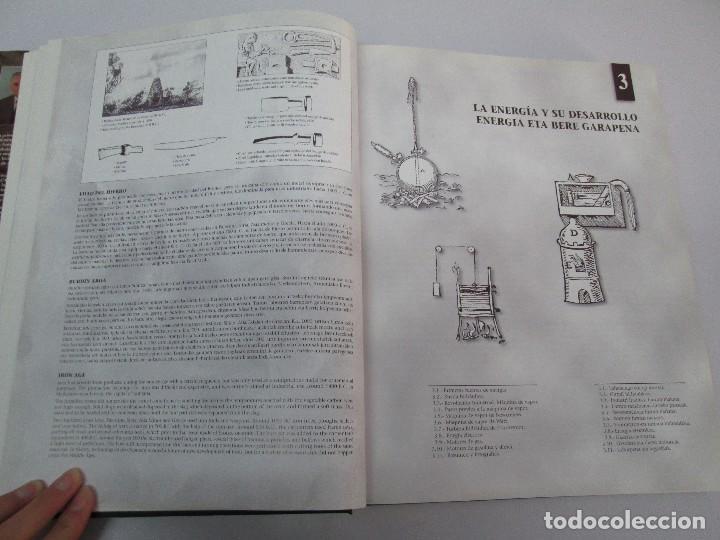 Libros de segunda mano: MAQUINAS Y HOMBRES. GUIA HISTORICA. MAKINAK ETA GIZAKIA. PATXI ALDABALDETRECU. 2000. VER FOTOS - Foto 26 - 83909732