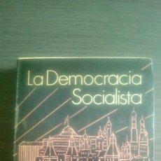 Libros de segunda mano: LA DEMOCRACIA SOCIALISTA. ROY A. MEDVEDEV. Lote 87686516