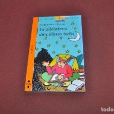 Libros de segunda mano: LA BIBLIOTECA DELS LLIBRES BUITS - JORDI SIERRA I FABRA - EL VAIXELL DE VAPOR A PARTIR 9 ANYS - JUB. Lote 91281605