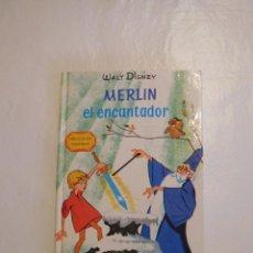 Libros de segunda mano: LIBRO ILUSTRADO MERLIN EL ENCANTADOR WALT DISNEY ED. GAISA 1968. Lote 92261030