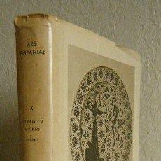 Libros de segunda mano: ARS HISPANIAE. CERÁMICA Y VIDRIO (TOMO X). Lote 94338510