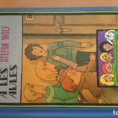 Libros de segunda mano: TERROR A LES AULES.. Lote 94491830