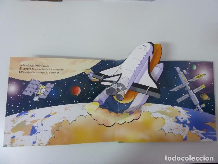 Libros de segunda mano: SUPERVELOCES. LIBRO POP UP. EDICIONES SALDAÑA. 2007 - Foto 2 - 97848479