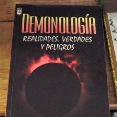 Libros de segunda mano: DEMONOLOGIA, REALIDADES, VERDADES Y PELIGROS, MARIO E. FUMERO, 1996, 192 PAGINAS. Lote 97924119