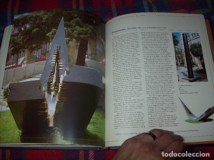 Libros de segunda mano: PALMA,CIUDAD DE ESCULTURAS. AJUNTAMENT DE PALMA. 2000. MIRÓ, BENNÀSSAR, L. ROSSELLÓ, MIR, SASSU... - Foto 25 - 98249599
