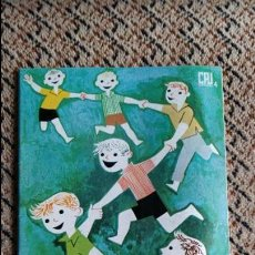Libros de segunda mano: JUEGOS AL AIRE LIBRE. RAFAEL CHAVES. DONCEL 1965. Lote 98955243