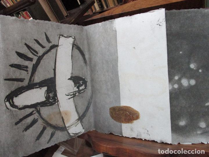 Libros de segunda mano: JARDIN COMPARTIDO.VELA, María y PAZOS, Carlos.1989. ILUSTR.GRABADO-COLLAGE. ED. NUMERADA Y FIRMADA. - Foto 7 - 99744715