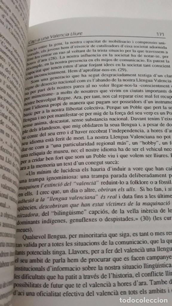 Libros de segunda mano: Cap a una Valencia Lliure, hacia una Valencia libre escrito en valenciano Joventut Valencianista - Foto 6 - 99783359