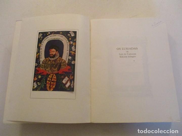 Libros de segunda mano: LUIS DE CAMOÊS. Os Lusiadas. Edición bilingüe. Facsímil. RM84430. - Foto 2 - 103773259