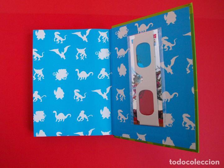 Libros de segunda mano: PELICULIBROS 3D Nº 1 - MONSTRUOS EN ACCIÓN - IMÁGENES 3D - INCLUYE GAFAS - 1ª ED. HIDRA 2011 - Foto 4 - 104084551