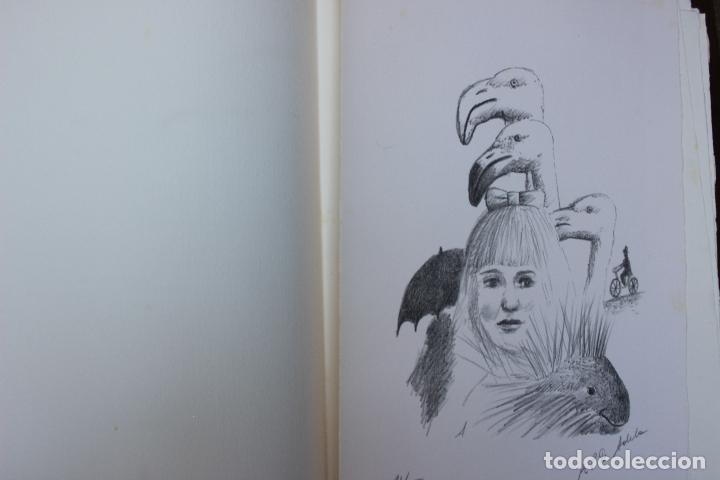 Libros de segunda mano: Alice in Wonderland. Lewis Carrol. R.P.D ADELA. Josep Carner. Marià Manent 1985. Libro artista único - Foto 12 - 104663355