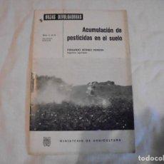 Libros de segunda mano: HOJAS DIVULGADORAS.ACUMULACION DE PESTICIDAS EN EL SUELO.FERNANDO BESNIER ROMERO.-1974. Lote 110485951