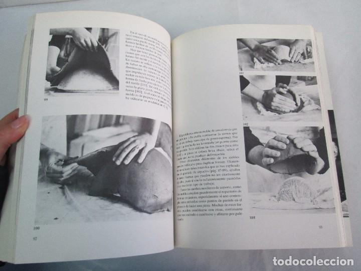 Libros de segunda mano: CERAMICA A MANO. CERAMICA CREATIVA. CERAMICA Y ALFARERIA POPULARES DE ESPAÑA. 3 LIBROS. VER FOTOS - Foto 14 - 110982387