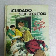 Libros de segunda mano: ¡CUIDADO SIETE SECRETOS! - ENID BLYTON - EDITORIAL JUVENTUD. Lote 111510627