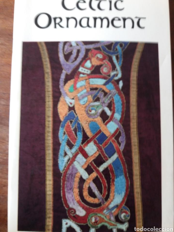 Libros de segunda mano: Celtic art - Ornament 1979 - Foto 9 - 111678719