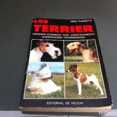 Libros de segunda mano: GINO PUGNETTI. LOS TERRIER. ED. DE VECCHI, 1984. Lote 112063107