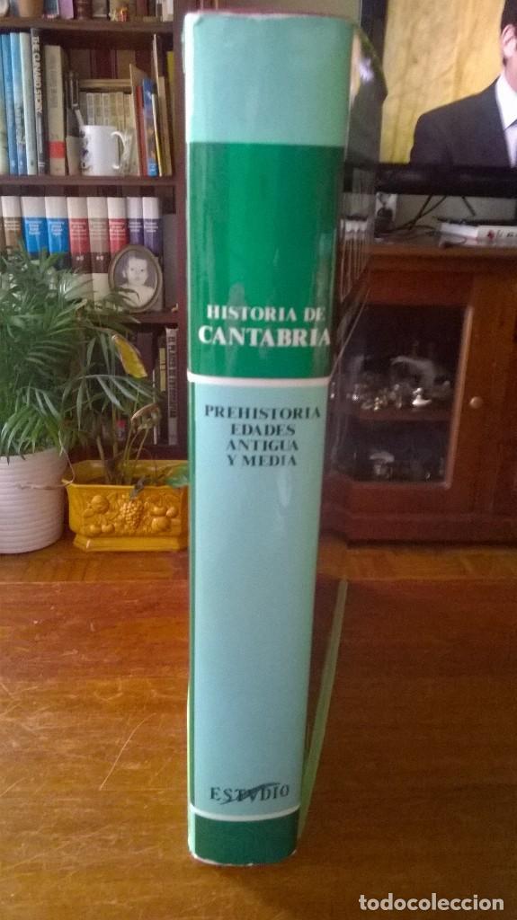 Libros de segunda mano: HISTORIA DE CANTABRIA. PREHISTORIA, EDADES ANTIGUA Y MEDIA. M.A. GARCÍA GUINEA. PRIMERA EDICIÓN 1985 - Foto 3 - 112440211
