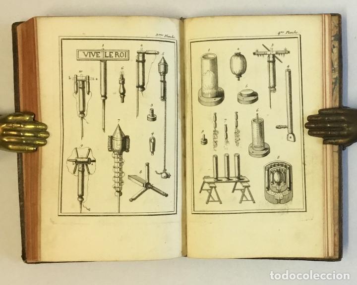 Libros de segunda mano: ESSAY SUR LES FEUX D'ARTIFICE ET POUR LA GUERRE. - [PERRINET D'ORVAL Jean-Charles.] 1745 - Foto 10 - 114799632
